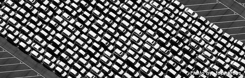 4月の新車販売は51%の大幅減、震災で供給追いつかず