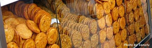 新潟の「新野製菓」が事業停止、2回目の不渡りで事実上の倒産