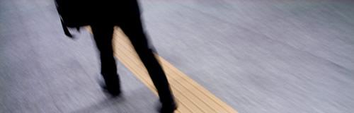 岐阜の「アオサダ被服」が破産申請し倒産へ、関連の秋田3社も