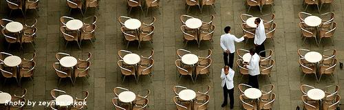 求人数から見る、不景気でも求人を維持する強気な業界は?
