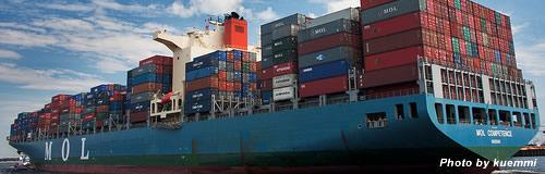 商船三井の13年3月期は純損益240億円の赤字見通し