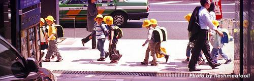 子供の人口が28年連続で減少し1714万人、13.4%に
