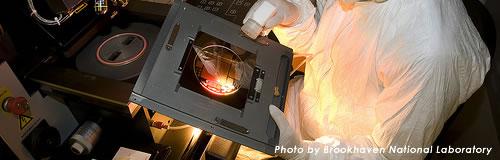 半導体検査装置の「レイテックス」が上場廃止、時価総額基準で