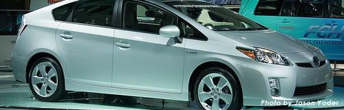 トヨタ、来年度新規採用は半減の1800人程度へ